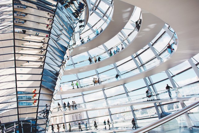 Tecnología y arquitectura hombre naturaleza tecnología